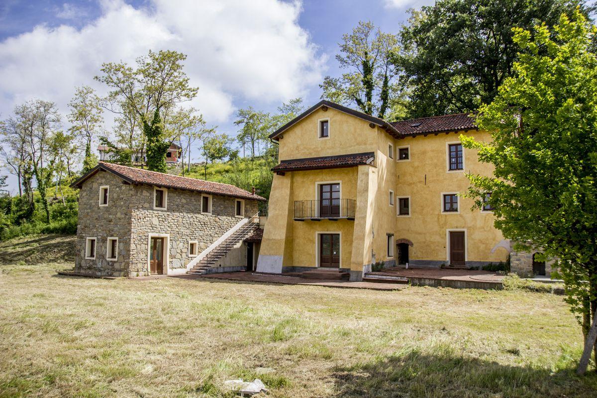 Gallery of cascina mazzetta with ville di campagna progetti for Progetti di case in campagna